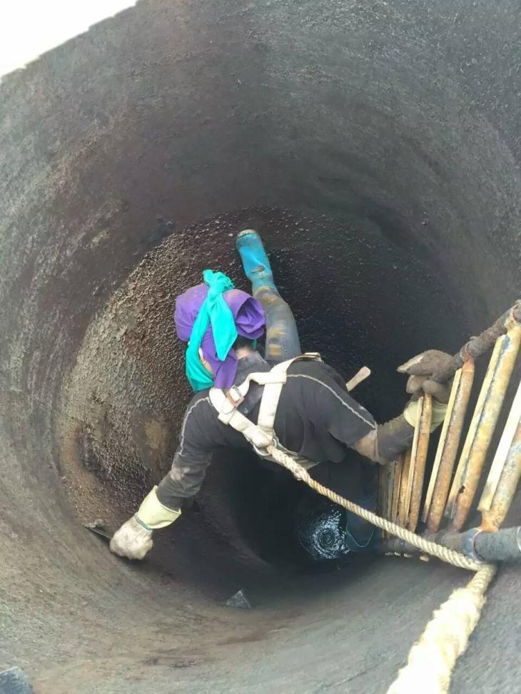 清洗工厂油烟管道